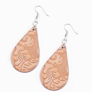 New leather earrings